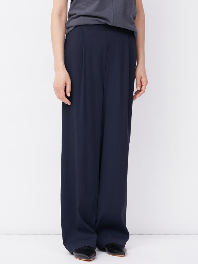 Wide leg tailored trouser
