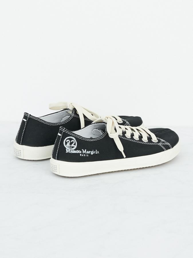 TABI LOW CANBAS SNEAKERS