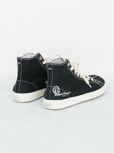 TABI HIGH TOP CANBAS SNEAKERS